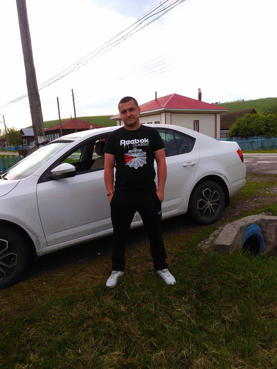 Знакомства Верхняя Салда, фото мужчины Алексей, 33 года, познакомится для флирта, любви и романтики, cерьезных отношений