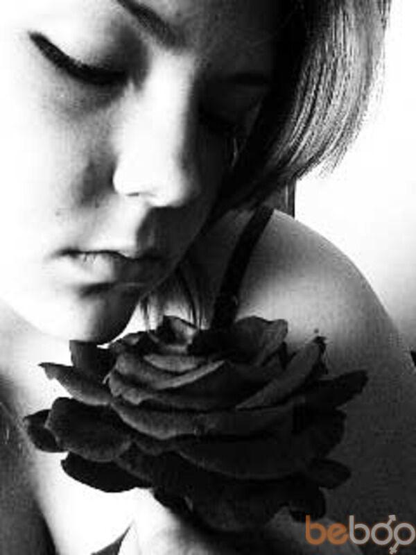 Знакомства Милан, фото девушки Сумашедшая, 29 лет, познакомится для флирта, любви и романтики, cерьезных отношений