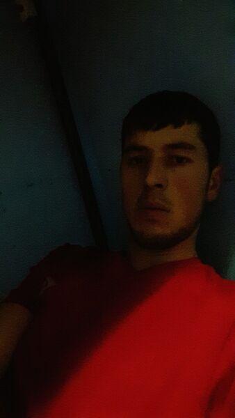 Знакомства Москва, фото мужчины Navruz, 27 лет, познакомится для флирта, любви и романтики, cерьезных отношений