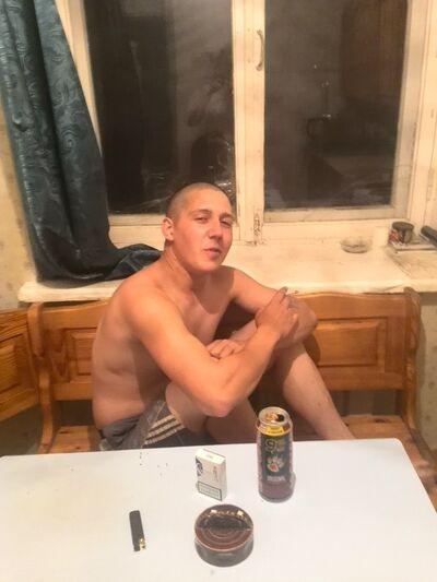 Фото мужчины Денчик, Тюмень, Россия, 27