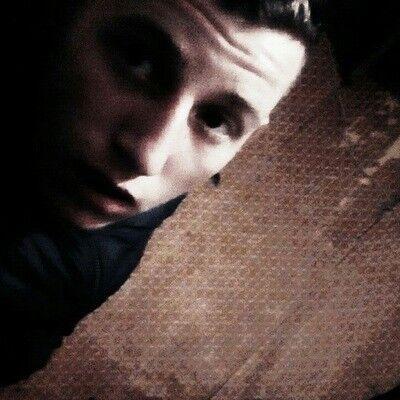 Знакомства Красноармейское, фото парня Евгений, 22 года, познакомится для флирта, любви и романтики, cерьезных отношений