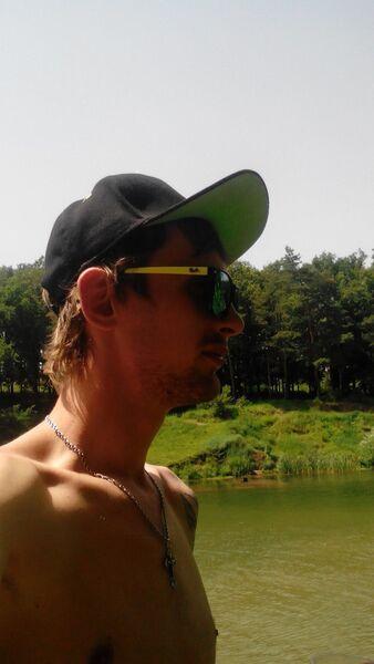Фото мужчины Денис, Люботин, Украина, 24