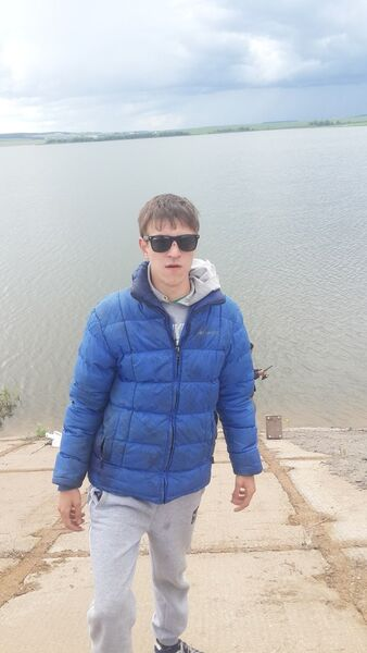 Фото мужчины Рамиль, Альметьевск, Россия, 25
